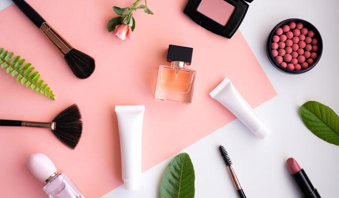 Make-up-bio